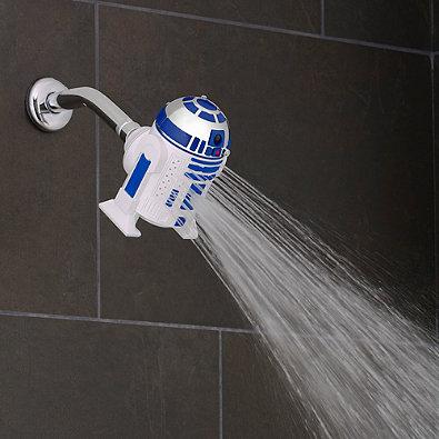 R2-D2™ Duschkopf by Oxygenics Wer kennt Ihn nicht? R2-D2™, den kleinen, mutigen Astromech-Droiden, der in den Star Wars Filmen unermüdlich Raumschiffe repariert, treu zu seinen Freunden hält und so manchen Kommunikations-